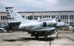 USMC-AV-8B_3_320.jpg